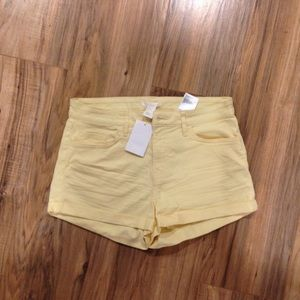 H&M YELLOW CHINO SHORTS BNWT